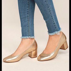 Shiny gold Steve Madden heels